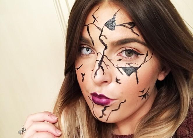 Halloween 16 | Cracked Doll